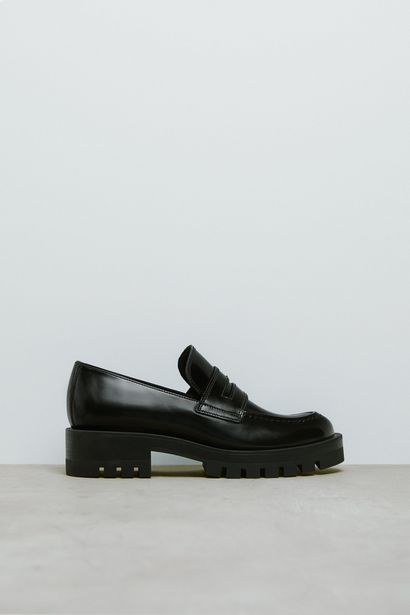 LEATHER LOAFERS WITH TRACK SOLE za 299 zł